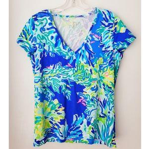 NEW Lilly Pulitzer v neck t shirt